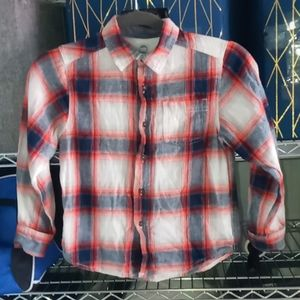 Boys button down long sleeve top size small 6-7